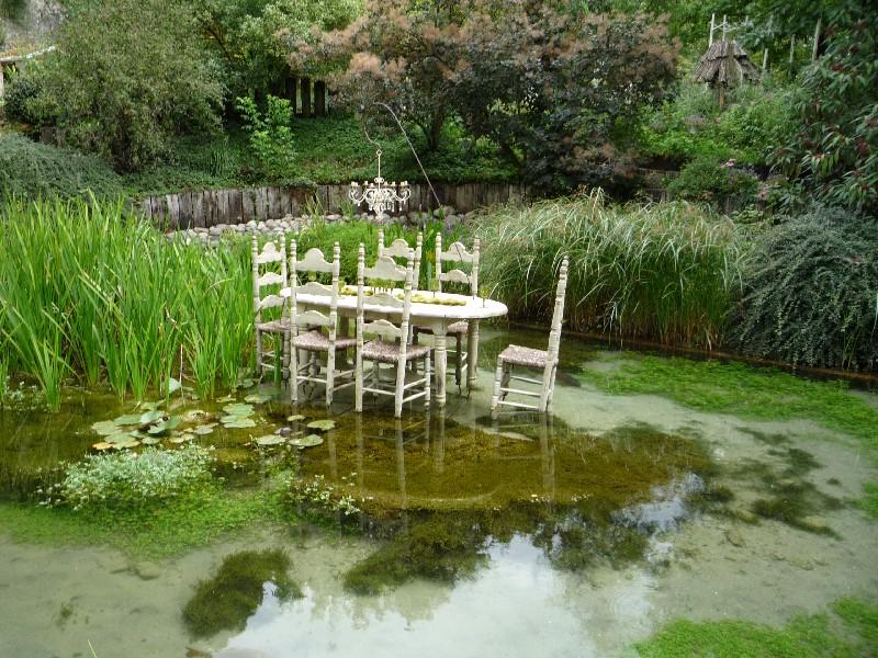 Randonn e le jardin des fontaines p trifiantes a visiter - Le jardin des fontaines petrifiantes ...